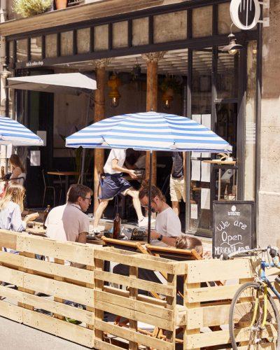 La Main Noire : coffee-shop et brunch innovant à Paris